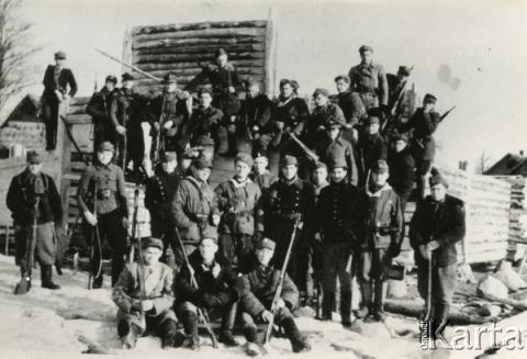 fotografia - portret zbiorowy żołnierzy AK Wilno